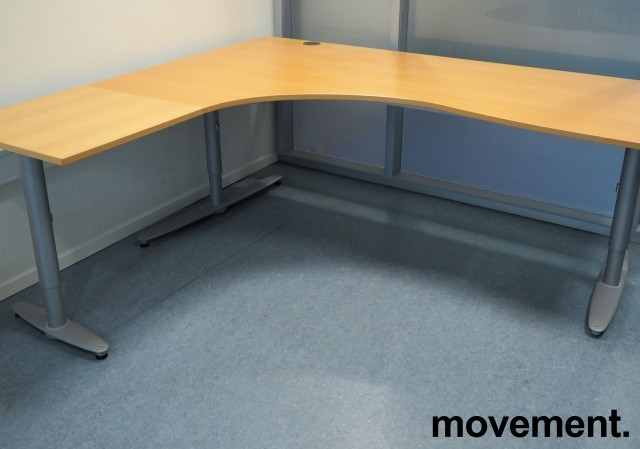 Kinnarps hjørneløsning skrivebord i bøk, venstreløsning, 200x180cm, T-serie, pent brukt bilde 1