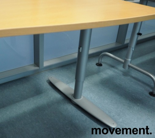 Kinnarps hjørneløsning skrivebord i bøk, venstreløsning, 200x180cm, T-serie, pent brukt bilde 3