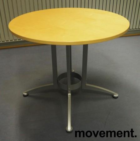 Rundt møtebord / kantinebord i bjerk / grå fra Kinnarps, modell Asto, Ø=90cm, H=73cm, pent brukt bilde 1