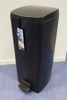 Brabantia pedalbøtte i sort, søppelbøtte høyde 67,5cm, pent brukt