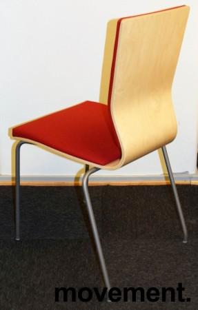 Konferansestol fra EFG i bjerk / rødt stoff / grå ben, modell GRAF, pent brukt bilde 2