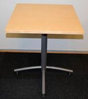 Lite 60x60cm loungebord fra EFG, Avec-serie, Bjerk bordplate, grått understell, 72,5cm h, pent brukt