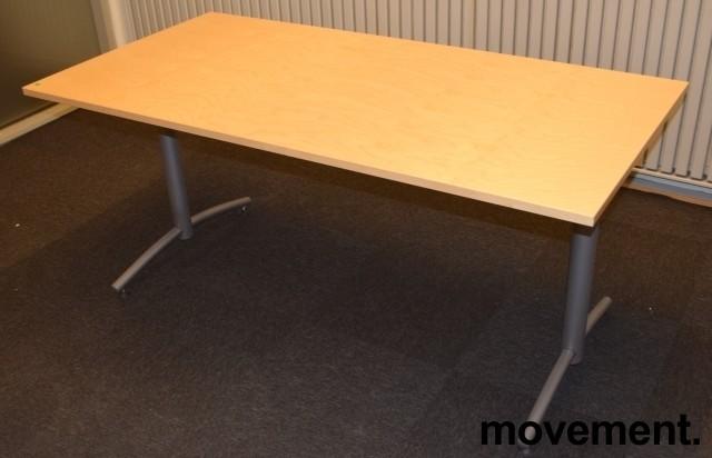 Kompakt møtebord fra EFG, 160x80cm, Avec-serie, Bjerk bordplate, passer 4 pers, 72cm h, pent brukt bilde 1