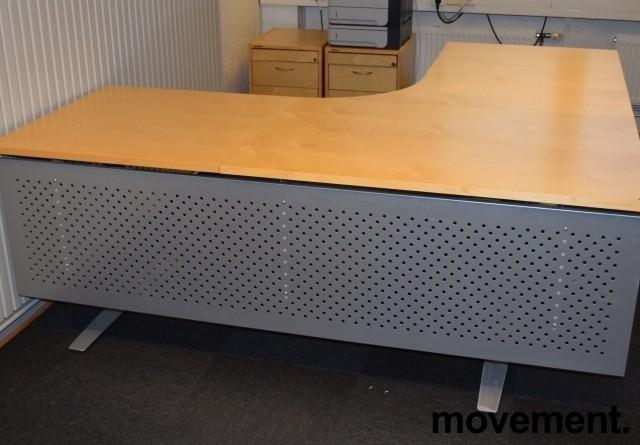 Skrivebord hjørneløsning med el. hevsenk, bjerk bordplater, 200x200cm, pent brukt bilde 2