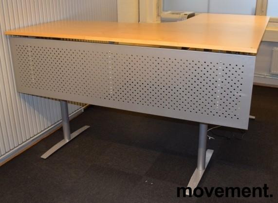 Skrivebord hjørneløsning med el. hevsenk, bjerk bordplater, 200x200cm, pent brukt bilde 4
