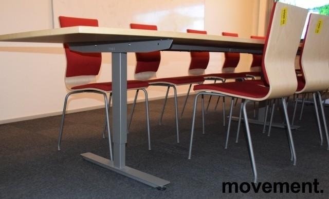 Stort møtebord fra EFG, 480x120cm, Izi Effect serie, bjerk / grått understell, passer 16-18pers, pent brukt bilde 4