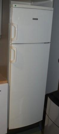 Kjøleskap / kombiskap fra Electrolux, modell ERD28304W, 55cm bredde, 159cm høyde, pent brukt bilde 2