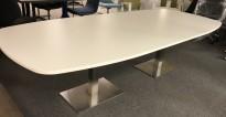 Møtebord i hvitt / satinert stål, 280x120cm, passer 8-10 personer, pent brukt understell med ny plate