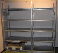 Stålhylle / lagerhylle i galvanisert stål fra Dexion, 230cm høyde, 61cm dybde, 234cm bredde, 10 hylleplater, pent brukt