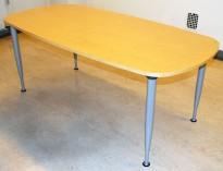 Kompakt møtebord fra Kinnarps i bjerk, 180x90cm, 4 grå ben, pent brukt