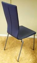 Konferansestol fra EFG HovDokka heltrukket i grått stoff, grå ben, høy rygg. modell GRAF, pent brukt