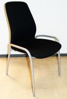Kinnarps møteromsstol / besøksstol, 5000cv sort stoff / grålakkerte stålbenk, stablebar, pent brukt