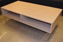 Sofabord / loungebord fra VAD i bjerk/krom, Pivot-serie, 130x64x43cm, pent brukt