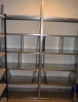 Stålhylle / lagerhylle i galvanisert stål fra Dexion, 230cm høyde, 41cm dybde, 205cm bredde, 12 hylleplater, pent brukt