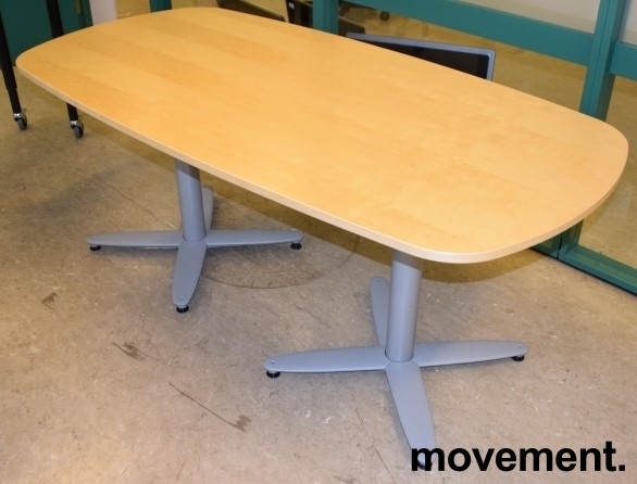 Kompakt møtebord i bjerk, Kinnarps T-serie, 180x90cm, passer 6personer, pent brukt bilde 1