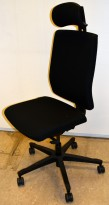 EFG One Sync kontorstol i sort stoff, nakkepute, pent brukt