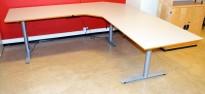 Elektrisk hevsenk hjørneløsning skrivebord i lys grå fra Svenheim, 220x220cm, pent brukt
