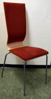 Konferansestol fra EFG i bjerk, rygg/sete i rødt Comfort stoff, grå ben, høy rygg. modell GRAF, pent brukt