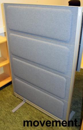 Skillevegg fra Kinnarps, modell Rezon i mellomgrått stoff, 100cm bredde, 145cm høyde, pent brukt bilde 3