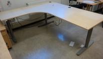Skrivebord / hjørneløsning med elektrisk hevsenk fra EFG i bjerk, 200x180, venstreløsning, pent brukt