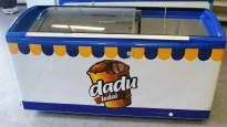 Fryseboks for iskrem/frossenvarer, 170cm bredde, skyvedører i glass i toppen fra Elcold, Dadu Ledai, pent brukt