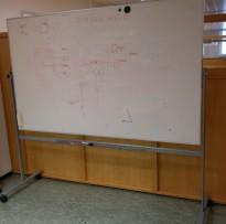 Whiteboardtavle på stativ med hjul, vendbar, 200x120cm whiteboard, pent brukt
