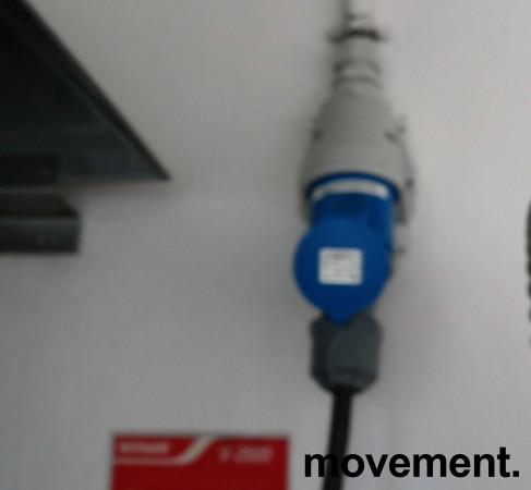 Comenda LC700M hetteoppvaskmaskin for storkjøkken, 230Volt 3fas, pent brukt bilde 3