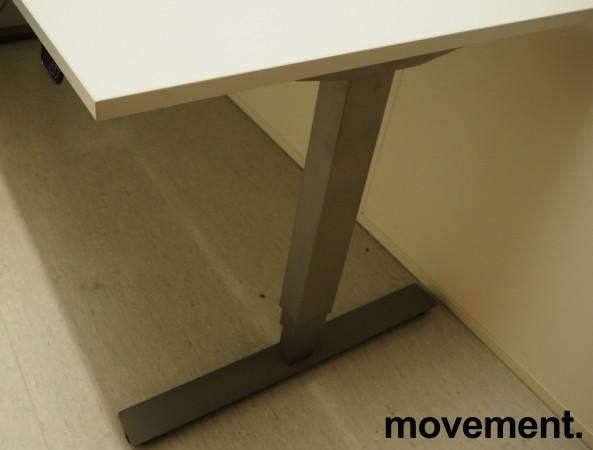 Skrivebord / hjørneløsning med elektrisk hevsenk fra EFG i lys grå, 200x180, venstreløsning, pent brukt bilde 3