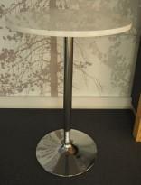 Barbord / ståbord i hvit høyglans / krom, Ø=70cm, høyde 105cm, brukt med noe slitasje på plate