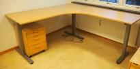 Skrivebord / hjørneløsning med elektrisk hevsenk fra EFG i bøk, 180x200, høyreløsning, pent brukt