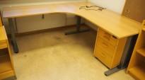 Skrivebord / hjørneløsning med elektrisk hevsenk fra EFG i bøk, 180x200, venstreløsning, pent brukt