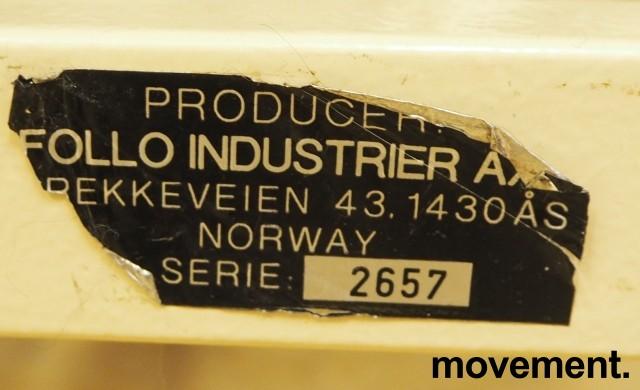 Legebenk / fysioterapibenk i grå skinnimitasjon fra Follo Industrier, manuell justering, 200x100cm, pent brukt bilde 3