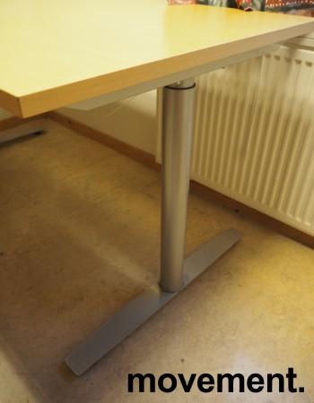 Hjørneløsning elektrisk hevsenk fra Svenheim i bøk, 160x220cm, venstreløsning, pent brukt bilde 2
