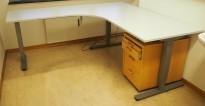 Skrivebord / hjørneløsning med elektrisk hevsenk fra EFG i lys grå, 180x200, venstreløsning, pent brukt