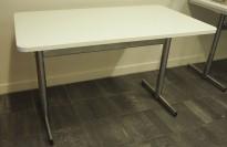Kantinebord i hvitt / krom, 120x70cm, brukt med noe slitasje på plater