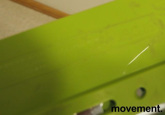 Arper Catifa 46, stablebar design-stol i hvit / grønn plast / krom, pent brukt bilde 3