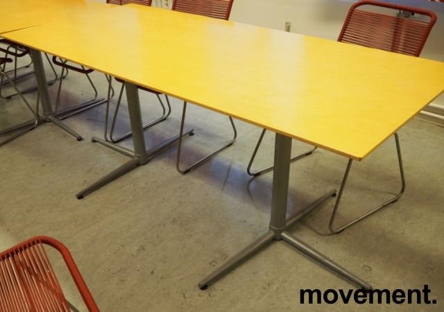 Kantinebord i bjerk / grålakkert metall fra Zeta Furniture, 180x80cm, brukt med noe slitasje på plater bilde 1