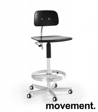 Kontorstol / arbeidsstol / barstol i sort finer / aluminium fra Engelbrechts, modell Kevi 2533, sittehøyde 71-83cm, fotring, pent brukt bilde 1