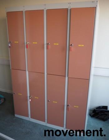 Garderobeskap i stål fra Eskoleia, 8 rom / 2 høyder, hvitt med rosa dører, låsbart med nøkkel, bredde 120cm, høyde 175cm, pent brukt bilde 1
