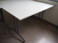 Konferansebord / klappbord i lys grå / grå fra EFG, 140x70cm, pent brukt