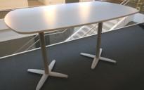 Barbord / ståbord fra Kinnarps i lys grå, T-serie, 180x90cm, pent brukt