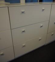 Skap i hvitt med 3 skuffer / arkivskap, bredde 92cm, høyde 117cm, pent brukt