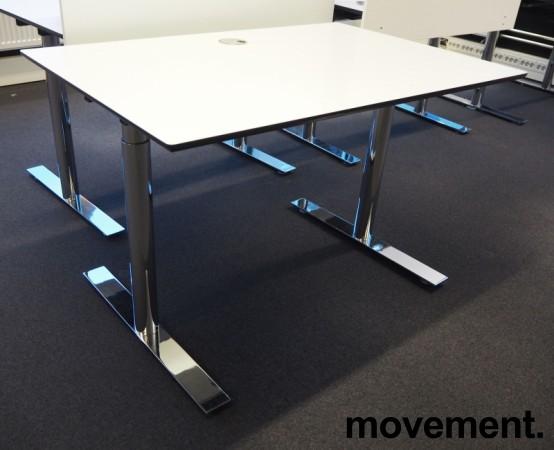 Lekkert skrivebord i hvitt med sort kant / krom, 120x80cm, pent brukt bilde 1