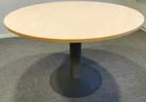 Rundt møtebord med bjerk laminat bordplate fra Kinnarps E-serie, Ø=110cm, H=72cm, grått understell, pent brukt