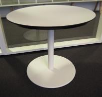 Loungebord / sofabord i hvitt med sort kant / hvitt, Ø=60cm, høyde 53cm, pent brukt