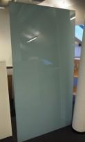 Whiteboard i lyst blått glass fra Lintex, 100x190cm, pent brukt
