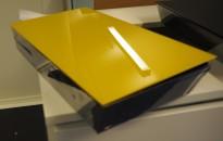 Oppbevaringsboks for tilbehør til whiteboard, Lintex Mood Box, front i gult glass, 40x25cm, vegghengt, pent brukt