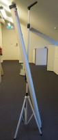 Nobø mobilt lerret på stativ, 180cm bredde, pent brukt