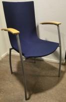 Kinnarps Citra 318 konferansestol / besøksstol i mørkeblått / bøk / grått, pent brukt