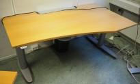 Kinnarps T-serie elektrisk hevsenk skrivebord i bøk / grått, 140x80/60cm, høyre, pent brukt